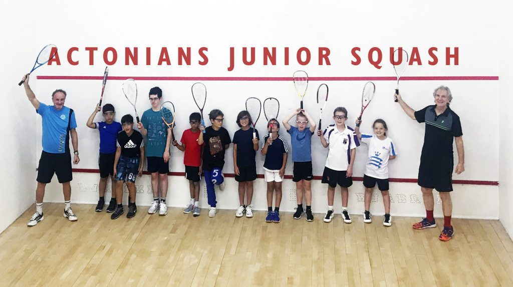 Image of Actonians Squash Juniors group with coaches